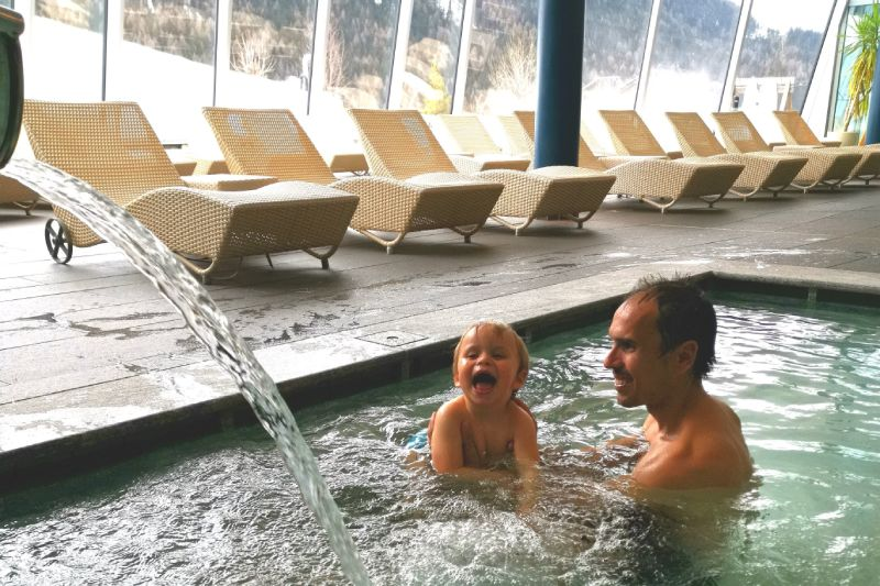 piscina family resort rainer